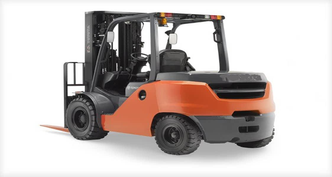 Lift Truck 4000 lb Pneumatic Tire Forklift